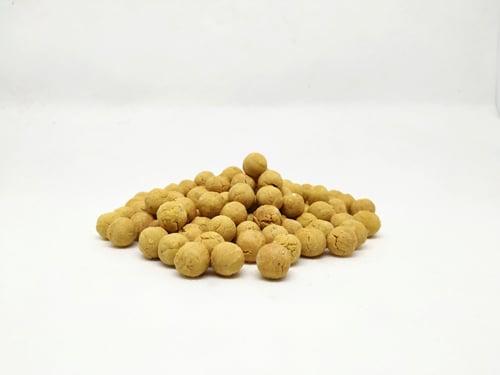 biscotti con farina di insetto artigianali per cani